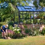 Miten varjostetaan aurinkoinen kasvihuone?